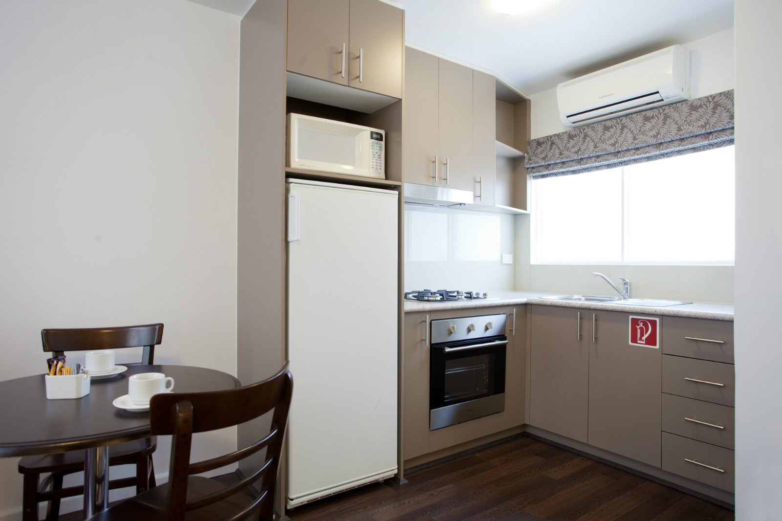Apartments_kitchen_resize